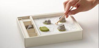 Ένας γλυκός στη γεύση ιαπωνικός Ζεν κήπος βράχων
