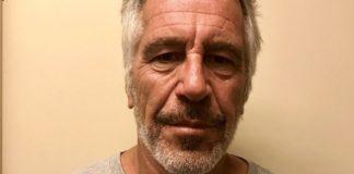 Κατηγορίες απαγγέλθηκαν κατά των σωφρονιστικών υπαλλήλων που φύλαγαν το κελί του Τζέφρι Έπσταϊν