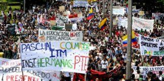 Κολομβία: Αντιμέτωπος με διαδηλώσεις ο πρόεδρος Ιβάν Ντούκε