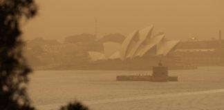 Ο καπνός κάλυψε το Σίδνεϊ