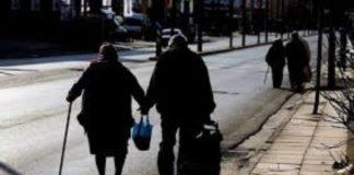 ΟΟΣΑ: Η ταχεία γήρανση του πληθυσμού και η ενίσχυση των μη τυπικών μορφών απασχόλησης πιέζουν τα συνταξιοδοτικά συστήματα