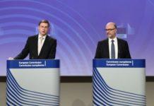 Θετική η έκθεση για την Ελλάδα, τονίζουν Ντομπρόβσκις και Μοσκοβισί