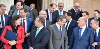 Ποιοί δεν μιλιούνται μεταξύ τους στο υπουργικό συμβούλιο
