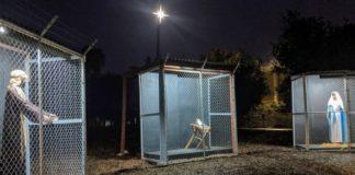 Βαθύ μήνυμα συμπόνιας στέλνει η φάτνη εκκλησίας στο Λος Άντζελες