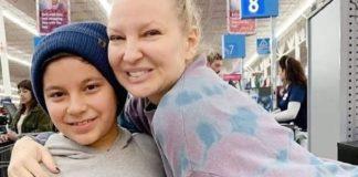 Η Sia, ινκόγκνιτο, άρχισε να πληρώνει τα ψώνια όλων στο Walmart