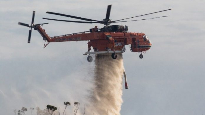 Υπό έλεγχο, χωρίς να σημειωθούν τραυματισμοί, μεγάλη πυρκαγιά σε διυλιστήριο