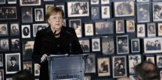 Ά. Μέρκελ στο Άουσβιτς: « Η μνήμη των ναζιστικών εγκλημάτων είναι αναπόσπαστη από τη γερμανική ταυτότητα»