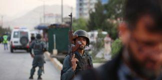Αφγανιστάν: «Προσωρινή παύση» των συνομιλιών με τους Ταλιμπάν μετά την επίθεση στη βάση Μπαγκράμ