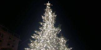 Αναβάλλεται η φωταγώγηση του χριστουγεννιάτικου δέντρου στο Πεδίο του Άρεως