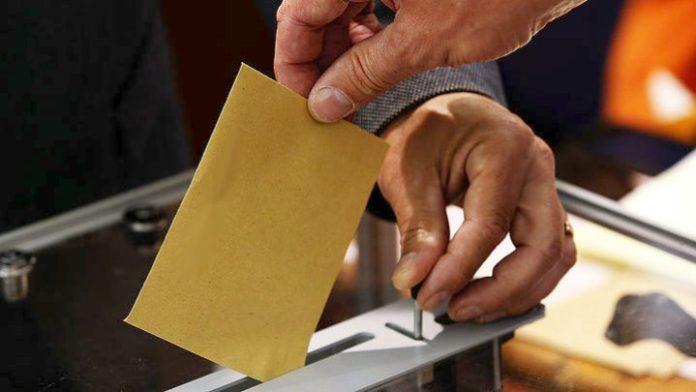 Από την άνοιξη οι αιτήσεις για την ψήφο των Ελλήνων του εξωτερικού