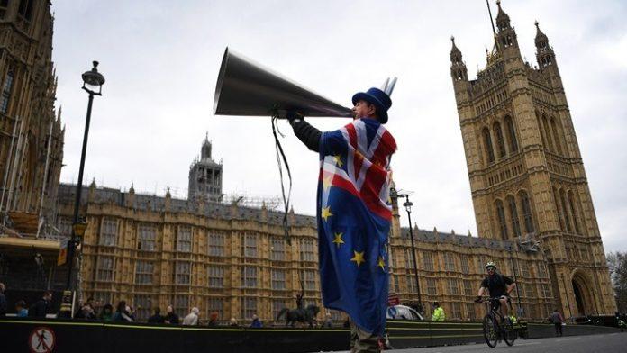 Βρετανία: Το Brexit κυριάρχησε στην κάλυψη των μέσων ενημέρωσης κατά την προεκλογική εκστρατεία