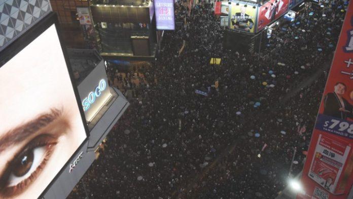 Χιλιάδες διαδηλωτές στους δρόμους του Χονγκ Κονγκ, για την Ημέρα των Ανθρωπίνων Δικαιωμάτων