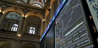 Διεθνείς αγορές: Κλίμα ευφορίας στα χρηματιστήρια, άλμα για τη στερλίνα