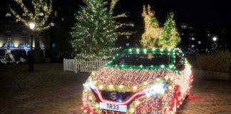 """Η Νissan μετέτρεψε το ηλεκτρικό LEAF σε Χριστουγεννιάτικο δέντρο που για την περίσταση το ονόμασε """"Nissan TREE"""""""