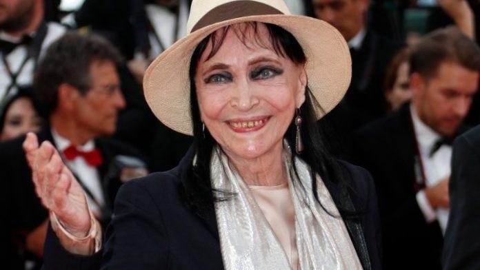 Η ηθοποιός Άννα Καρίνα πέθανε από καρκίνο σε ηλικία 79 ετών