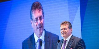Μ. Σέφτσοβιτς: Μόσχα, Κίεβο και Βρυξέλλες έκλεισαν νέα συμφωνία «επί της αρχής» για το αέριο