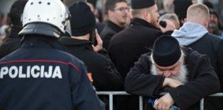 Μαυροβούνιο:Επεισόδια στο κοινοβούλιο για τον νόμο για την περιουσία της Σερβικής Ορθόδοξης Εκκλησίας