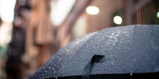 Πολλή βροχή και θυελλώδεις νοτιάδες σήμερα από τον «Ετεοκλή»