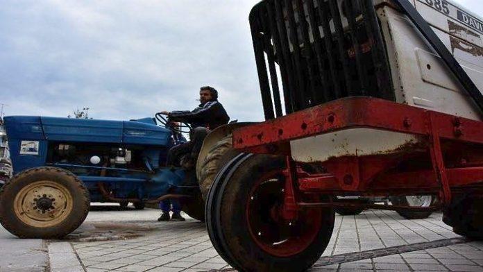 Πρόγραμμα αντικατάστασης γεωργικών ελκυστήρων προτείνει το ΙΟΒΕ