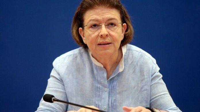 Συγχαρητήρια Λ. Μενδώνη στον Γ. Λάνθιμο: Πρόθεση του ΥΠΠΟΑ να στηρίξει τις επόμενες δουλειές του