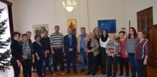 Συνάντηση σχολικών καθαριστριών με τον υφυπουργό Μακεδονίας-Θράκης, Θ.  Καράογλου
