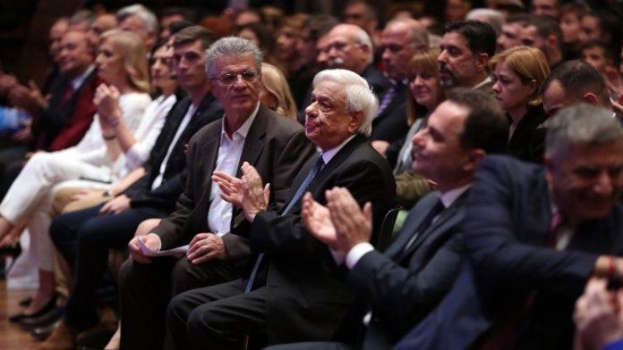 Τσιτσιπάς, Στεφανίδη οι κορυφαίοι του 2019