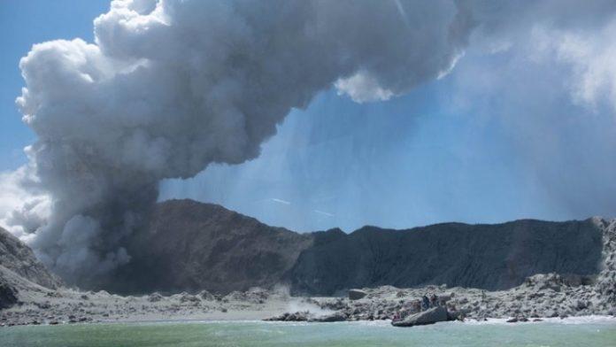 Τουλάχιστον 18 οι νεκροί από την ηφαιστειακή έκρηξη στη Νέα Ζηλανδία
