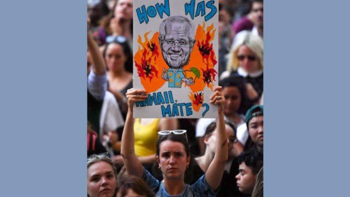 Αυστραλία: Στο ναδίρ η δημοτικότητα του πρωθυπουργού λόγω χειρισμών στην κρίση των πυρκαγιών