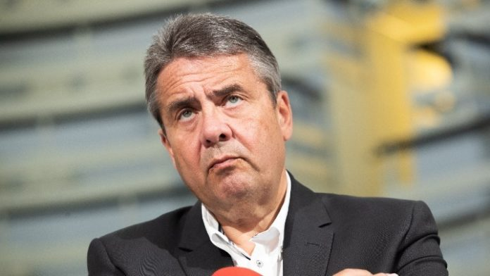 Γερμανία: Αντιδράσεις για την τοποθέτηση του Ζίγκμαρ Γκάμπριελ στο Εποπτικό Συμβούλιο της Deutsche Bank
