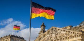 Στις 15:00 ξεκινάει η Διάσκεψη του Βερολίνου για τη Λιβύη