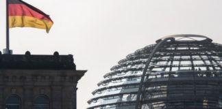 Η διάσκεψη του Βερολίνου καλεί όλες τις πλευρές να απέχουν από εχθροπραξίες κατά πετρελαϊκών εγκαταστάσεων