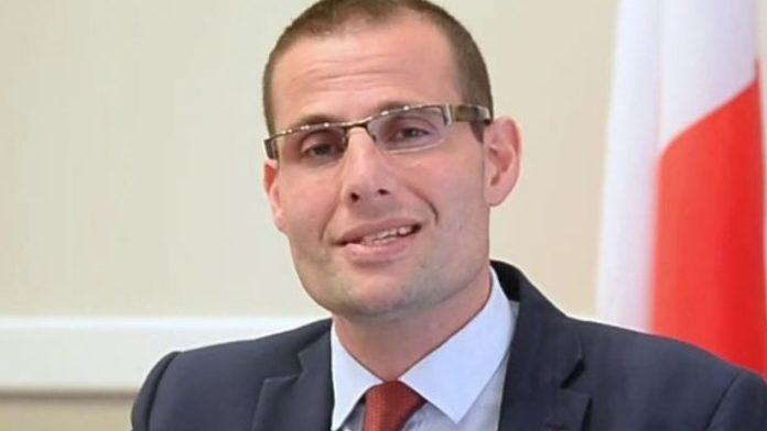 Μάλτα: Ο 42χρονος δικηγόρος Ρόμπερτ Αμπέλα εξελέγη πρωθυπουργός