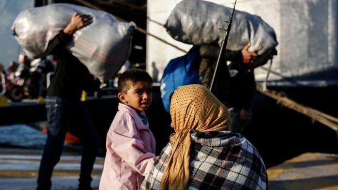 Μετακίνηση 500 αιτούντων άσυλο, από Λέσβο και Σάμο προς άλλες περιοχές της επικράτειας