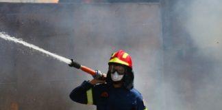 Νεκρός άνδρας εντοπίστηκε κατά την διάρκεια κατάσβεσης πυρκαγιάς σε τροχόσπιτο στο Κορωπί