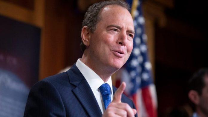 Ο Δημοκρατικός βουλευτής και κατήγορος στη δίκη του Τραμπ δηλώνει ότι απειλείται από τον Αμερικανό πρόεδρο
