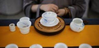 Όσοι πίνουν συχνά τσάι ζουν περισσότερα χρόνια και αρρωσταίνουν πιο σπάνια
