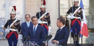 Σημαντικές επαφές του πρωθυπουργού σε Παρίσι και Βρυξέλλες