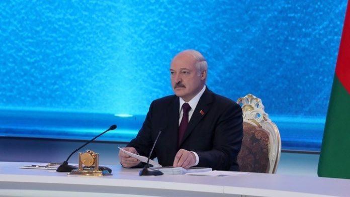 Αλ. Λουκασένκο: Η Μόσχα προσφέρει μια πετρελαϊκή συμφωνία στο Μινσκ με αντάλλαγμα η Λευκορωσία να ενταχθεί σε ενιαίο κράτος με τη Ρωσία