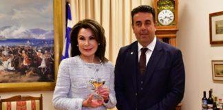 Από το Ναύπλιο άρχισε τις επαφές της με τους δήμους η πρόεδρος της «Ελλάδα 2021» Γ. Αγγελοπούλου