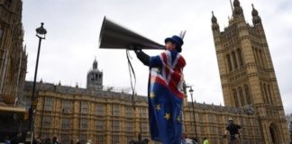 Brexit: Πράσινο φως από τους 27 σε επίπεδο πρεσβευτών για την εντολή διαπραγματεύσεων με το Λονδίνο