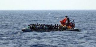 Διάσωση 274 μεταναστών ανοικτά της Λιβύης