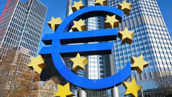 Ευρωζώνη: Επιβραδύνθηκε ο ρυθμός ανάπτυξης το δ' τρίμηνο