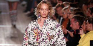 Η Άμπερ Βαλέτα, συντάκτρια βιωσιμότητας του Vogue UK