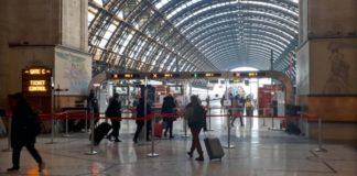 Η ΕΕ δεν σχεδιάζει ακόμα να επιβάλει περιορισμούς στα ταξίδια λόγω κοροναϊού