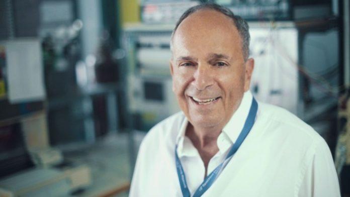 Κ.  Βαγενάς, ο επιστήμονας που επιχειρεί να ξαναγράψει τη Φυσική των Σωματιδίων, ανατρέποντας τις κυρίαρχες απόψεις, μιλάει στο ΑΠΕ-ΜΠΕ