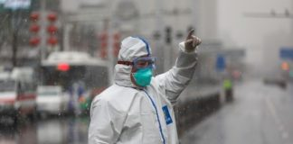 Κορονοϊός: Τους 1.700 πλησιάζουν οι νεκροί