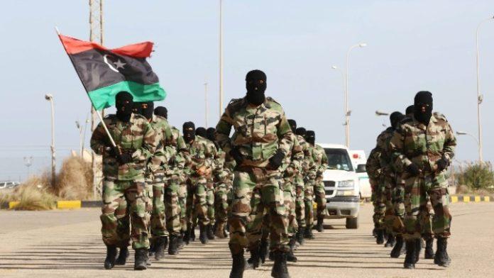 Λιβύη: Τα δύο αντίπαλα στρατόπεδα ανακοινώνουν ότι