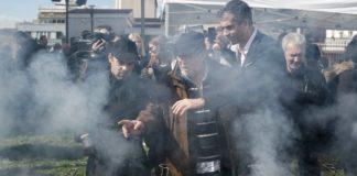 Με γλέντι στη Βαρβάκειο γιόρτασε η Αθήνα την Τσικνοπέμπτη