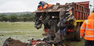 Λέσβος: Γέμισαν με σωσίβια και βάρκες την επιταγμένη έκταση