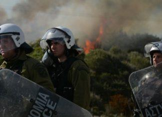 Μυτιλήνη: Το χρονικό των συγκρούσεων διαδηλωτών και αστυνομικών